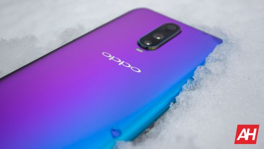 OPPO R17 Pro Review - Eye-Catching Beauty