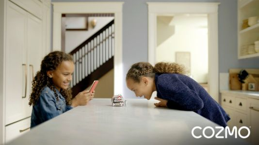 Anki's Cozmo gets a holiday update with new storyboarding features