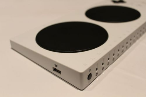 Nintendo joins the limited-mobility club with Xbox Adaptive Controller