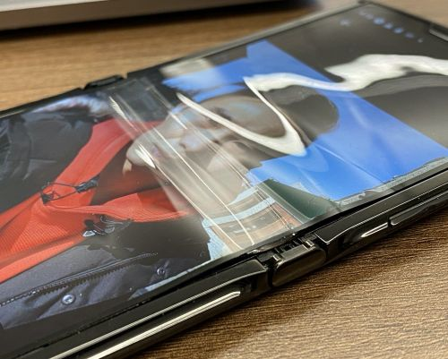 Latest Foldable Smartphones Experiencing Failures and Durability Issues