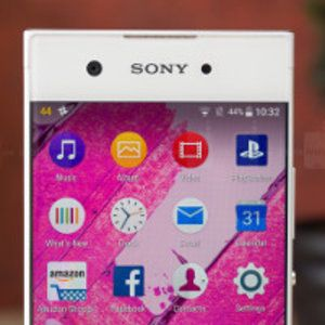 Deal: Grab a Sony Xperia XA1 for $189, free wireless speaker and 128GB card included
