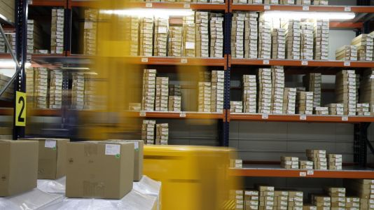Boosting warehouse productivity with smart technologies
