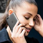 OnePlus 5 128 GB now comes with free headphones