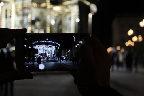 5 Tips For Mobile Night Photography - How To Take Better Pictures With Your Smartphone At Night