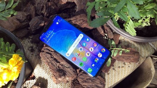 HUAWEI Mate 20 Pro is the king of smartphones