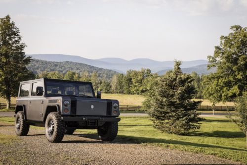 Goes off-road, carries big loads: The Bollinger B1 electric truck