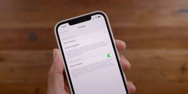 Apple releases iOS 14.3 beta 3 to developers with ProRAW support and more