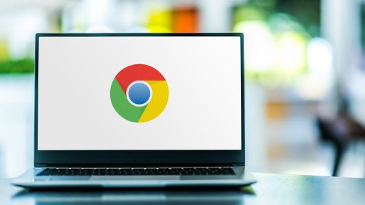 Google will allows Chrome apps to live on a little while longer