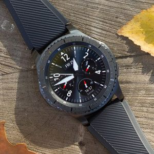 "Samsung Gear S3 battery drain problems return, fix ""coming soon"""