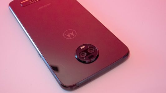 Moto Z4 leak points to a top-end chipset and in-screen scanner