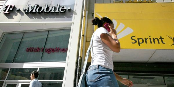 FCC asks for comments on most recent T-Mobile/Sprint merger filing before unfreezing official review