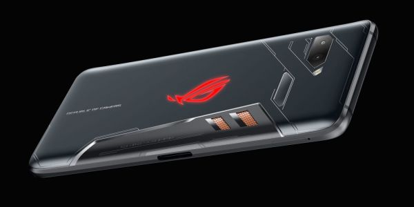 Asus' ROG Phone is a gaming phone w/ crazy accessories, 90Hz OLED, 'vapor cooling,' and RGB backlighting