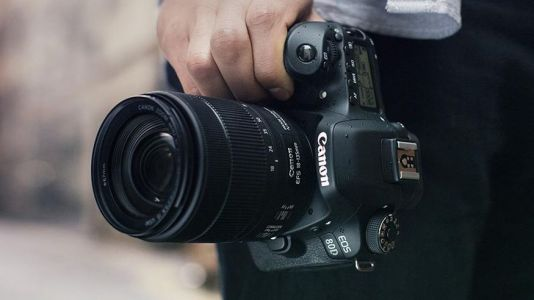Canon EOS 90D official marketing video leaked, confirming rumored specs