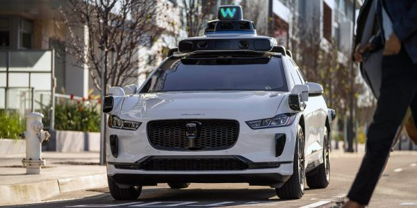 Waymo announces another $2.5 billion in funding from latest investment round