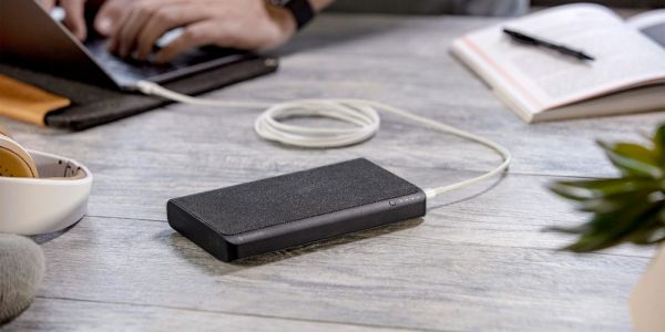 Mophie powerstation USB-C 3XL packs 45W USB-C PD, 26000mAh of power, more