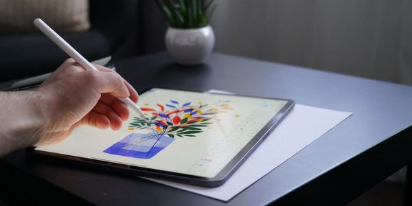 Apple continues to dominate tablet industry as iPad sales boom, report says