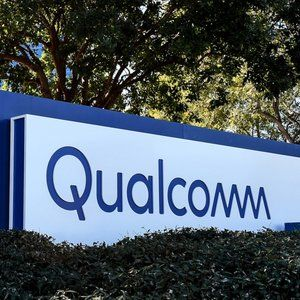 Qualcomm's next generation Wi-Fi chips promise blazing speeds, unless you're hiding behind a corner