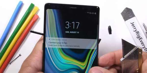 Durability test reveals that all of the buttons on the Samsung Galaxy Note 9 are pretty easy to remove