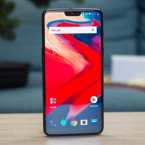 OnePlus asks fans what's their favorite OnePlus 6 feature, gets mocked over lack of headphone jack