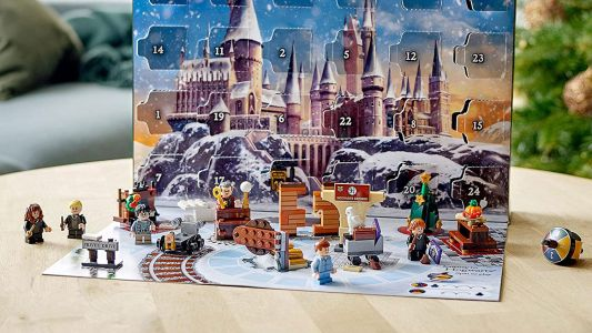 Should you buy a Lego calendar now or wait for the Black Friday Lego deals?