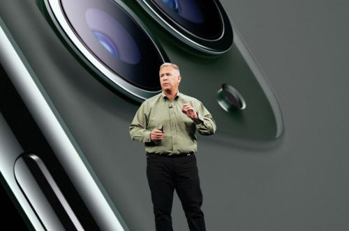 Phil Schiller will step down from his role as VP of marketing