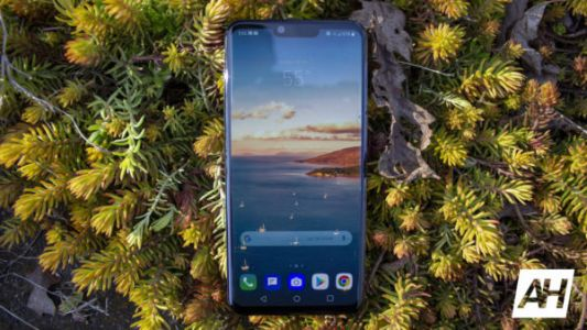 The Unlocked LG G8 ThinQ Is $350 Off!