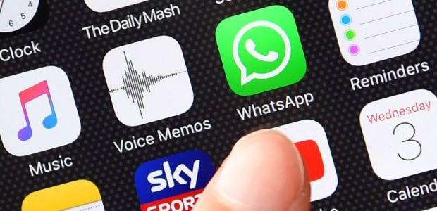 WhatsApp Popularity Increasing, Facebook Use Decreasing Among Young People As New Generation Shifts Course