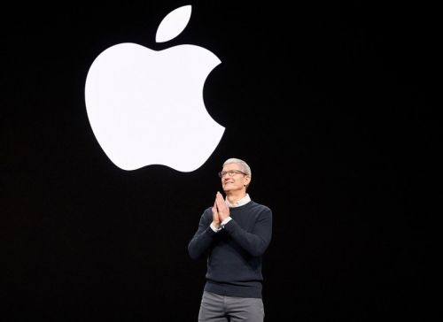 Tim Cook awarded with restricted stock worth up to $114 million