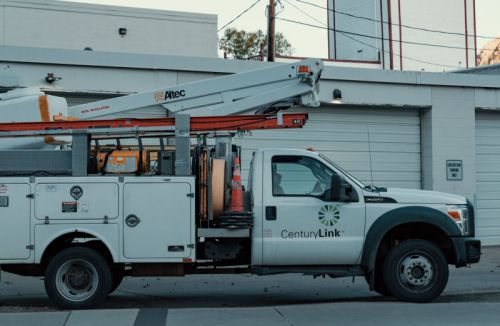 CenturyLink, Frontier took FCC cash, failed to deploy all required broadband