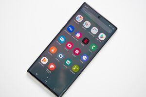 Microsoft has Samsung's unlocked Galaxy Note 10 and Note 10+ on sale at up to a $400 discount
