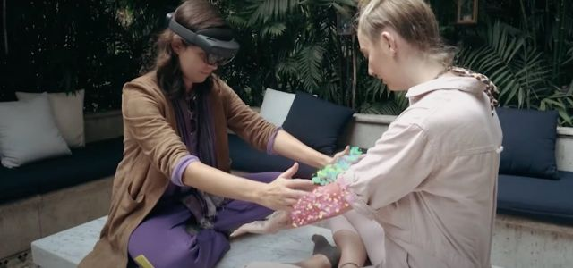 Transform Your Friend into an AR Musical Synthesizer via This HoloLens 2 NFT App