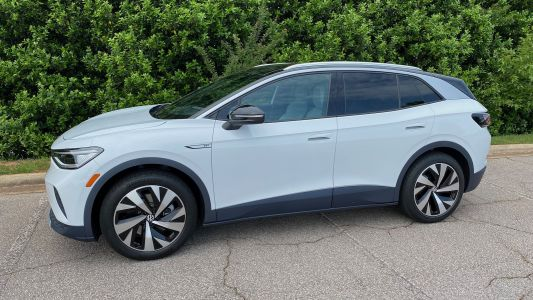 Review: Volkswagen's ID.4 EV Features Wireless CarPlay and a Gorgeous Infotainment System
