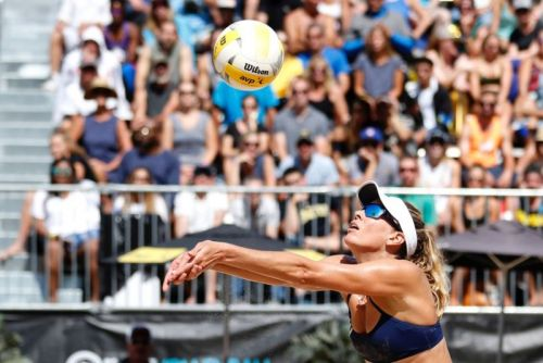"""Physics holds the secret to volleyball's highly unpredictable """"float serve"""""""