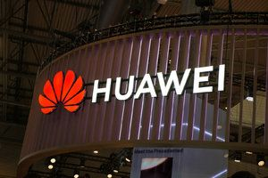 Huawei barred from using SD memory cards in its smartphones