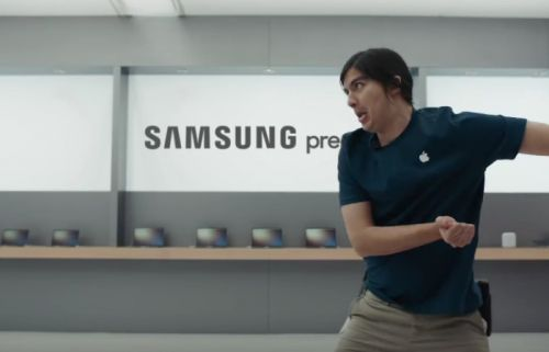 Here Are Some More Samsung Adverts Poking Fun At The iPhone X