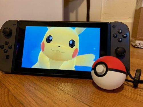 How to take screenshots in Pokémon Let's Go! while using a Poké Ball Plus