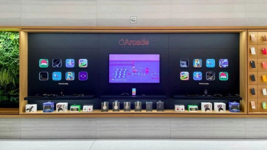 Some Apple Stores now feature an interactive Apple Arcade display