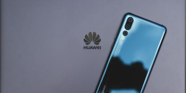 Google is being asked to 'reconsider' Huawei relationship by US lawmakers