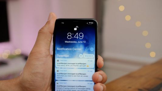 IOS 12: How to customize Grouped Notifications