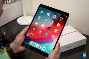 Hot new deal significantly lowers iPad Air (2019) starting price in gold