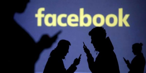 Report offers more info on Facebook's data sharing w/ over 150 companies, Apple denies involvement