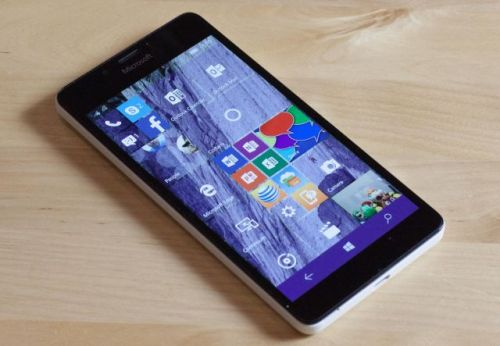 Microsoft: Windows 10 Mobile support to end, so use Android or iOS instead