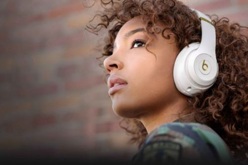The Beats Studio 3 Wireless Noise Canceling Headphones Are Back To Their Black Friday Price