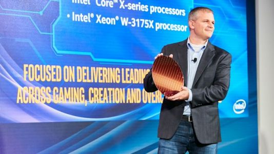 Intel's Chief Revenue Officer: We have Silicon, but Shortages in Wi-Fi, Substrates, Panels