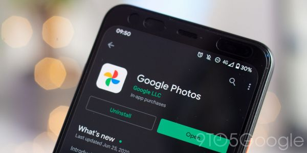 Google Photos regains skip and rewind toggles for video playback