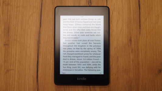 Amazon's new Kindle Paperwhite adopts the best parts of the Kindle Oasis