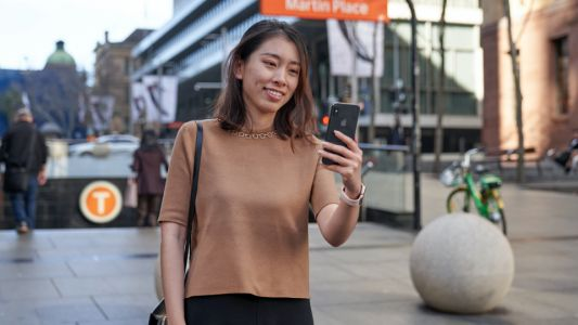 NSW commuters now get full Opal benefits when using contactless payment