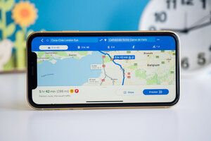 Google Maps, Waze updates add Siri integration for iOS 13 and CarPlay