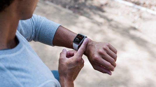 Apple Watch gains ECG support in India for Series 4 and later