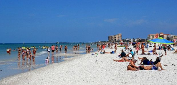Video Tracks Cell Phones From A Fort Lauderdale Beach To Show How Far Spring Breakers Could Spread Coronavirus